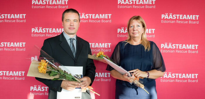 Kaija Salk ja Andres Sullakatko said päästeteenistuse medalid